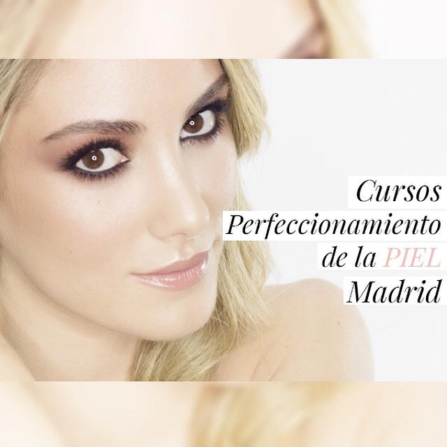 Esta tarde a las 17 horas publicaré en la web los cursos de Perfeccionamiento de la Piel en Madrid, los próximos 20, 21, 22 de Abril y 9, 10 y 11 de Mayo. ? Modelo: @personalstyle_