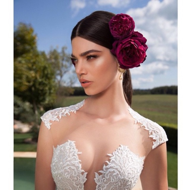 Me encantan los maquillajes de novia de los catálogos de @bertabridal ???
