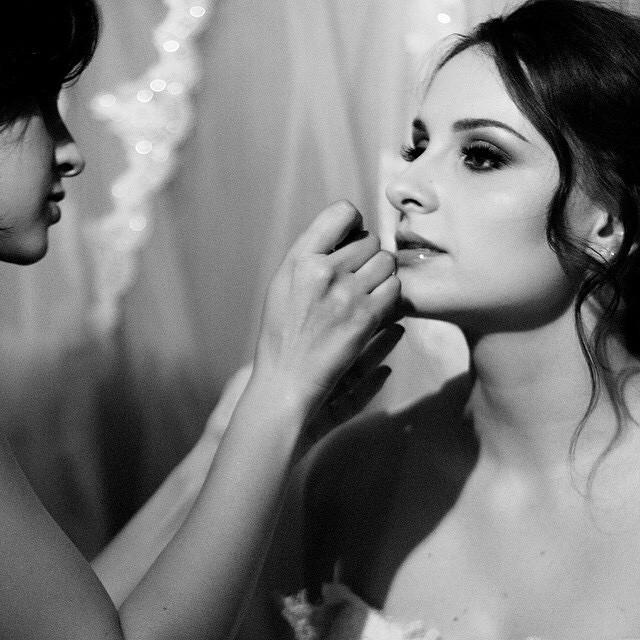 Nuevas plazas y nueva fecha para la Masterclass de Maquillaje de Novia en Alicante el 28 de Junio! ☺️ Link directo en mi perfil!